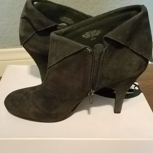 Gray ankle booties Nine West size 9